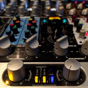 Studio Equipment – K-EFFECT MASTERING